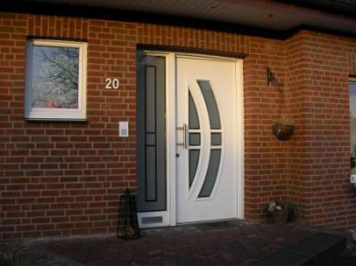 Haustür   Seitenteil mit Verglasung