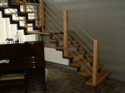 Treppenstufen   Holz